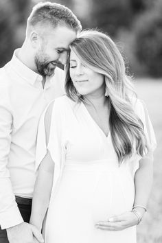 Our Maternity Photos | Coffee Beans and Bobby Pins