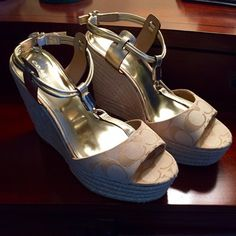 NWT Coach Leah Ivory Light Khaki Platform 9.5 HOST PICK New in Box. Never been worn. Coach Leah Ivory and Light Khaki Platforms Size 9.5 Medium. Item comes with Coach box. Please ask questions before buying. No paypal, no trades. Coach Shoes Platforms