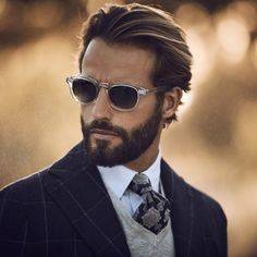 edgy mens fashion that look cool! Mens Hairstyles With Beard, Hair And Beard Styles, Haircuts For Men, Short Hair Styles, Natural Hairstyles, Easy Hairstyles, Wedding Hairstyles, Beard Suit, Beard Look