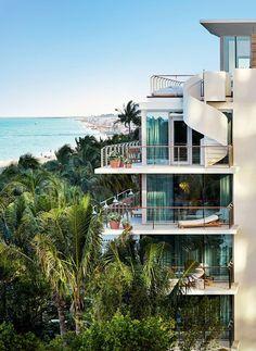 Hotel restaura arquitetura histórica da cidade, Miami.  from Casa Vogue Brazil