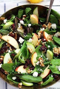 7 ensaladas para comer cuando llega el calor |  Mujerhoy.com