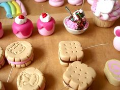 Look at those cute biscuits!