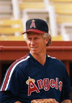 Bobby Valentine, Don Sutton, Don Drysdale, Dodgers Win, Mlb Uniforms, Angel Stadium, Pittsburgh Pirates Baseball, Sandy Koufax, Cy Young