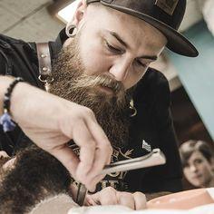 Pierre #tonsorLife #tonsor #tonsor_cie #tonsorcie #gentlemenssocialclub #dustyleetdesbonnesmanieres #barber #beard #barbe #barbier #barber #barbershop #barbershopconnect #barbergang #barbershopconnect #barberworld #men #menstyle #fashion #fashionmen #frenchtouch #ruebouquières #france #carmes #toulouse #prosacalwaysmile #conceptstore @pierrebeteille