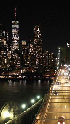 Night Aesthetic, City Aesthetic, Travel Aesthetic, New York Wallpaper, City Wallpaper, New York Life, Nyc Life, Night City, Nyc At Night