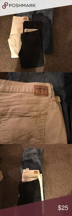 Five pairs 1 pair of Mossimo boot cut black khakis size 15. 1 pair of Levi's tan khaki low rise boot cut size 15..1 pair of old navy sweetheart skinny cut jeans size 12.. 1 pair of Kohl's Sonoma boot cut jeans size 14...1 pair on of Vera Wang Simply Vera size Jeans size 14..all for $25.00 different brands Jeans Boot Cut