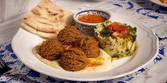 Αυτά είναι τα πιο νόστιμα φαλάφελ της Αθήνας Falafel, Street Food, Avocado Toast, Mashed Potatoes, Trip Advisor, Menu, Vegetarian, Dining, Breakfast