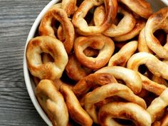 Taralli Caserecci  Mmmm  Must make these soon. Just like Nonni's