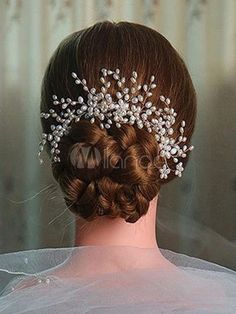 Cheap hair pins for women, Buy Quality flower hair directly from China hair pins for girls Suppliers: Metting Joura Wedding Bridal Cream Pearl Knitted Hair Comb Bridal Flower Hair Pin For Women Girls Party Hair Accessories Headpiece Jewelry, Headpiece Wedding, Hair Comb Wedding, Hair Jewelry, Bridal Headpieces, French Twist Hair, Bridesmaid Hair Accessories, Wedding Accessories, Bridal Hair