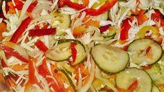 Pestrá chrumkavá čalamáda bez sterilizácie (fotorecept) - obrázok 8 Pickles, Zucchini, Frozen, Vegetables, Food, Essen, Vegetable Recipes, Meals, Pickle