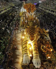 Want to go back to Rio, and what better time to go than Carnival!