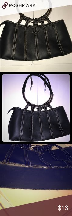 INSPIRED PRADA-Large Black Leather-Like Purse!🔥 INSPIRED PRADA-Large Black Leather-Like Purse!🔥 Used. Good Condition. Some leather pealing throughout the purse. Loose threads here and there! Those things do not interfere with the functionality of the purse! All hardware still very functional and absolutely has tons of life left! Great big purse for travel!! Some normal wear. Very unique! Pet/Smoke Free Home! Bundle & Save! 😍💋🔥💖(NOT PRADA) Prada Bags