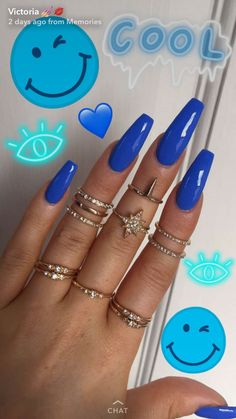 Beautiful blue nails, nice and long, blue fake nails in a cool beautiful blue colour Aycrlic Nails, Sexy Nails, Trendy Nails, Coffin Nails, Nails 2016, Blue Acrylic Nails, Acrylic Nail Designs, Neon Blue Nails, Nagel Gel