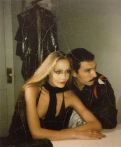 deshistoiresdemode:  Jerry Hall & Antonio Lopez, Paris, 1976.