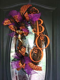 Boo! Halloween Wreath. http://www.facebook.com/photo.php?fbid=342353752520649=a.336473209775370.76938.332037083552316=1_t=like