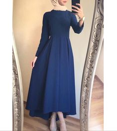 Hijab Evening Dress, Hijab Dress Party, Hijab Style Dress, Modest Fashion Hijab, Modern Hijab Fashion, Islamic Fashion, Muslim Fashion, Fashion Dresses, Modest Dresses