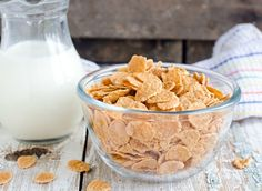 Stick to your weight loss goals by eating a healthy breakfast, and choose one of these cereals that live up to their healthy diet and weight-loss claims.