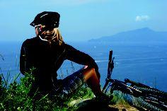 Taking a break in a beautiful spot, bike: Rose Verdita Green