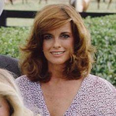 Sue Ellen. Dallas Tnt, Dallas Tv Show, Linda Gray, Old Tv Shows, Famous Women, Great Hair, Beauty Queens, Redheads, Beautiful Women