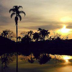 Amanhecer no Rio Tavares, no Sul da Ilha de SC