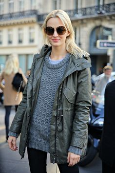 Blonde girl in khaki metallic parka jacket and grey knitted jumper - Chic outfit ideas and street style inspiration for a perfect Fashion Week look - #fashion #style #outfit