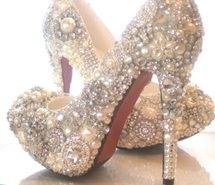Inspiring picture bling, cute, gems, glitter, high heels. Resolution: 500x355 px. Find the picture to your taste!