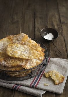 Pan Cookies, Pizza Pockets, Artisan Food, Spanish Food, Deli, Apple Pie, Camembert Cheese, French Toast, Sweets