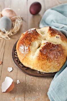 Pinca - Croatian Easter Bread -  Me encanta para reemplazar los tradicionales panes dulces italianos que comemos para las fiestas.... es bueno variar y probar otras opciones! By BakeNoir.com