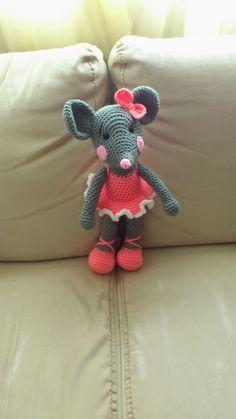 Amigurumi Ballerina Rat - FREE Crochet Pattern / Tutorial by Jeannie Peterson