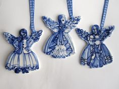 absolutely beautiful things: Blue & White Christmas Ornaments
