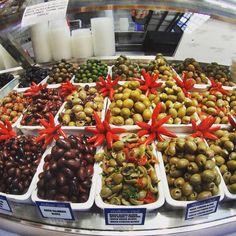 An explosion of olives at the Hellenic Deli @vicmarket Melbourne. A wonderful assault of aromas and tastes! #visitmelbourne #visitvictoria #delicious #yum #melbournefood #melbourne #restaurantaustralia