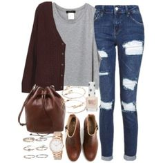 Outfit for college on a casual day with brown boots and a cardigan