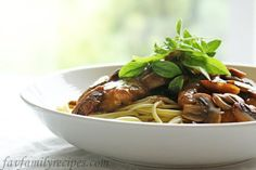 Elise's Chicken Marsala - Favorite Family Recipes - I can never have enough Veal/Chicken Marsala Recipes. I a shame it is to make recipe comparisons. Beef Recipes For Dinner, Turkey Recipes, Chicken Recipes, Cooking Recipes, Healthy Recipes, Apple Recipes, Yummy Recipes, Easy Family Meals, Family Recipes