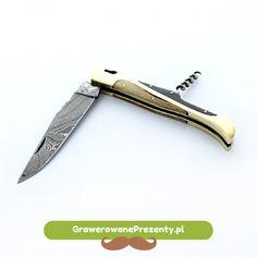 Super podarunkiem na imieniny dla faceta, będzie nóż składany ze stali damasceńskiej. Świetny produkt, o oryginalnym kształcie rękojeści. Stanie się fantastycznym prezentem dla mężczyzny, którego hobby to polowania bądź też lubiącego spędzać swój wolny czas na wędkowaniu czy zbieraniu grzybów w lesie. http://bit.ly/1xNFxhf