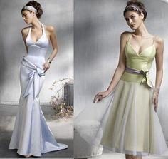 Love the green bridesmaid dress