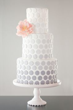 Stunning subtle Cake decoration ♥•♥•♥
