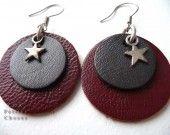 Boucles doreilles rond de cuir rouge et gris métallisé, etoile