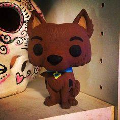 Really great custom Scooby Doo pop vinyl by Pop Figures, Anime Figures, Vinyl Figures, Pop Custom, Custom Funko Pop, Pop Vinyl, Bobble Head, Scooby Doo, Pop Culture