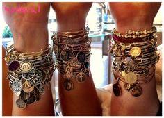 Antique argent Antique or bricolage Alex bracelet Seashell Charm bracelet cadeau de nouvel an pour famille, 4 pcs/lote, Mab064 dans Bracelet amulette de Bijoux sur AliExpress.com | Alibaba Group