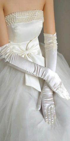 Satin Bridal Gloves Long Wedding Gloves for Bride Bridal Gloves Women Finger luvas de noiva Wedding Accessories Lady, Wedding Gloves, Bridal Gowns, Wedding Dresses, Organza Bridal, Long Gloves, Dress Gloves, Vintage Stil, White Gloves