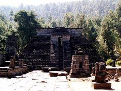 De Sukuh tempel op Oost Java.