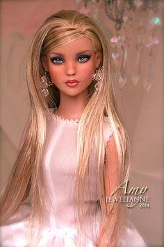 Amy 4359