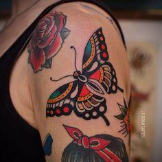 Best tattoo traditional butterfly tat ideas - Best tattoo traditional butterfly tat ideas Informations About Best tattoo traditional butterfly tat - Butterfly Tattoo Cover Up, Butterfly Tattoo Meaning, Butterfly Tattoo On Shoulder, Butterfly Tattoos For Women, Butterfly Tattoo Designs, Butterfly Shape, Butterfly Flowers, Vintage Butterfly Tattoo, Colorful Butterfly Tattoo