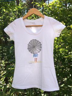 Camiseta Smartyfun-Chica con paraguas