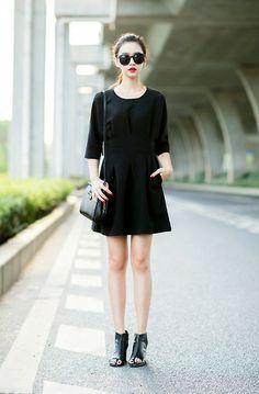Shalex Pleated Dress In 3/4 Sleeve