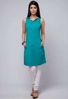 W Kurta with pockets & Details / Rs.1299