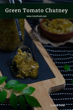 Green Tomato Chutney recipe, a delicious way to use up all those green tomatoes in your garden. #chutney. #foodiegift, #gifts, #linsfood