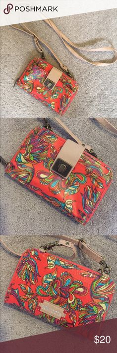 Sak Roots Cell Phone Wallet Crossbody Purse Like new! Sakroots Bags Crossbody Bags