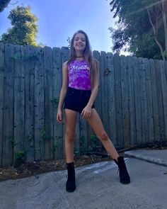 Este posibil ca imaginea să conţină: 2 persoane Young Girl Fashion, Preteen Girls Fashion, Kids Fashion, Teen Models, Young Models, Child Models, Outfits For Teens, Girl Outfits, Cute Outfits