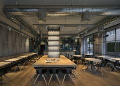 Post: OhBo Organic Cafe – Barcelona --> estilo industrial, interiores decoracion locales comerciales, decoracion de restaurantes, decoracion  de cafeterias y bares, estilo nórdico, scandinavian style
